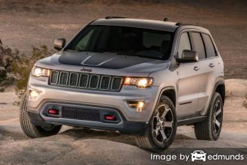 Insurance rates Jeep Grand Cherokee in Milwaukee
