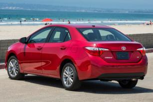 Insurance rates Toyota Corolla in Milwaukee